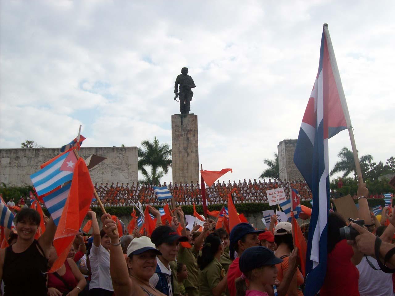 Junto al Che la verdad del proletariado cubano